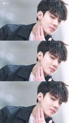 Hello Guys 👋 👋 This book is all About Exo Facts😊😊 The Facts that… Baekhyun Chanyeol, Park Chanyeol, Foto Sehun Exo, Sehun Cute, Exo Facts, Exo Official, Exo Lockscreen, Kim Minseok, Exo Ot12