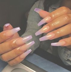 On average, the finger nails grow from 3 to millimeters per month. If it is difficult to change their growth rate, however, it is possible to cheat on their appearance and length through false nails. Nail Swag, Gorgeous Nails, Pretty Nails, Aycrlic Nails, Stiletto Nails, Coffin Nails, Manicure, Fire Nails, Best Acrylic Nails