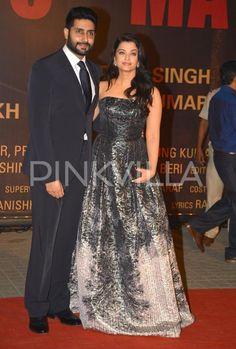 In Pics! Aishwarya and Abhishek Make a Stunning Couple At The Sarbjit Premiere | PINKVILLA