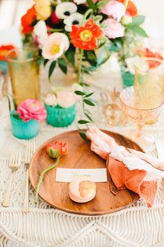Easter party inspiration | Photo by Megan Welker | Read more - http://www.100layercake.com/blog/wp-content/uploads/2015/03/Easter-Brunch-inspiration