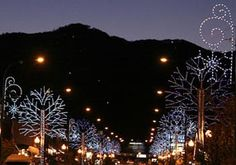 can't wait to go here for our December road trip with my friends, Gatlinburg here we come!