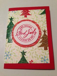Julkort med granar rött