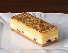 滋賀・フランス洋菓子専門店 W.ボレロ(ドゥブルベ・ボレロ):アイアシェッケハーフ  ※ドレスデン地方発祥のチーズケーキ