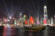 Aqua Luna - Symphony of Lights Cruise In Hong Kong