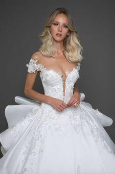 Wedding Dress Inspiration - Pnina Tornai - MODwedding - Courtesy of Pnina Tornai Wedding Dresses; Short Wedding Gowns, Wedding Dress Organza, Stunning Wedding Dresses, Formal Dresses For Weddings, Black Wedding Dresses, Princess Wedding Dresses, Perfect Wedding Dress, Bridal Dresses, Gown Wedding