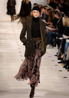 I am so enamored with the long skirts that are popping up this fall...mid-calf to floor grazing.  LouisVuiton Ralph Lauren Loui...
