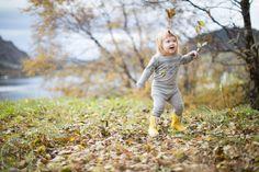 Autumn-leaves Autumn Leaves, Garden Sculpture, Couple Photos, Couples, Outdoor Decor, Pictures, Nature, Fall Leaves, Couple Shots