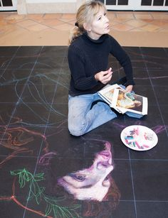 Italian Chalk Artist Jane Portaluppi. Photo by Mila Bridger