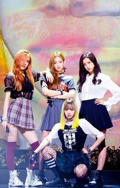 Find images and videos about kpop, rose and blackpink on We Heart It - the app to get lost in what you love. Kim Jennie, K Pop, Kpop Girl Groups, Korean Girl Groups, Kpop Girls, Kpop Love, Foto Rose, Memes Blackpink, Bff