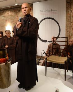 Thich Nhat Hanh's Live, Meditative Calligraphy Will Absolutely Inspire You (PHOTOS) ~~ The basis of his discipline is mindfulness: His teachings reflect his belief that dwelling in the present moment -- not the future or the past -- is the only way to sustain true peace.
