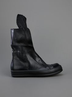 RICK OWENS, RAMONES TRAINER: the all black version.