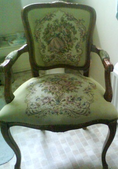 Not pretty charity shop chair that desperately needed paint & fabric love