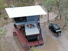 The Magnificent Hideaway Litchfield Container Cabin in Nature - Australia - Living in a Container Container Van House, Cargo Container Homes, Building A Container Home, Container Buildings, Container House Design, Beach House Hotel, Tiny House Exterior, Container Conversions, Shipping Container Home Designs