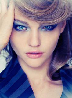 #Makeup #Fashion www.iosiswellness.com