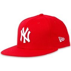 Flat bill Yankees hat. My boyfriend will wear something like this :)