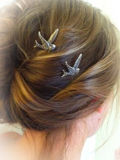 Sparrow Bobby Pin by