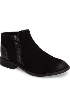 3b90af79425 106 Best shoes images