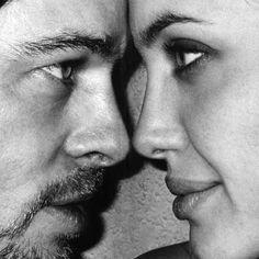 Hay miradas que matan, #miradas que #enamoran, miradas que te dicen tanto que te hacen soñar ... y hay miradas que lo dicen todo, así que miremos este #domingo con otros ojos porque ¿qué diferente sería nuestro mundo si mirásemos con los ojos del corazón, con ojos llenos de #amor?  Feliz Domingo con mucho ♡LOVE♡  #buenosdias #Domingo #FilosofiaBaulchic #reflexiones #reflexionesdeundomingo #domingosllenosdesentimiento #frasedeldia #bauldelujo #Baulchic