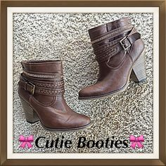 Cutie Cowboy Bootie Brown 7 These cowboy booties are total cuties!  Brown faux leather upper with gold accent band accentuating the woven ankle straps and buckle. In great very gently worn preloved condition. Size 7 Massini Shoes Ankle Boots & Booties