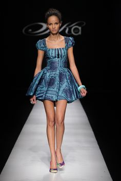 Sika Designs: 2009 Africa Fashion Week || Photo Credits: © SDR, Simon Denier