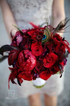 I love this bouquet! Great photo by @Melissa McClure
