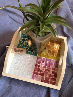 Bandeja decorada con mosaico, vidrio