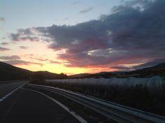 Ritorno a casa...tra natura e modernità! La Basilicata ha tramonti malinconici...