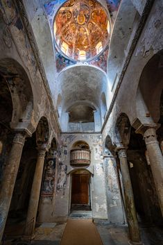 Mystras or Mistras Laconia Peloponnese Greece Byzantine Architecture, Roman Church, Church Interior, Byzantine Icons, Cathedral Church, Old Building, Ancient Ruins, Chapelle, Beautiful Architecture