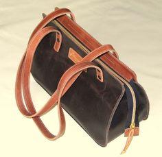 Leder  Handtasche Schultertasche Moni-3DBR von Monti-Lederdesign auf DaWanda.com