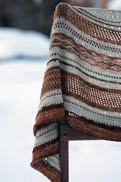 Ravelry: Misae shawl / Tuch pattern by Alexandra Wiedmayer