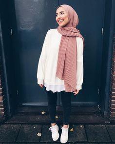 K fashion hijab & k mode hijab & k fashion hijab & k moda hijab . Modest Fashion Hijab, Modern Hijab Fashion, Street Hijab Fashion, Casual Hijab Outfit, Hijab Fashion Inspiration, Hijab Chic, Muslim Fashion, Mode Inspiration, Look Fashion