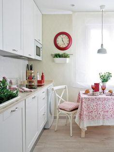Decor in tonuri romantice intr-o reamenajare de apartament- Inspiratie in amenajarea casei - www.povesteacasei.ro