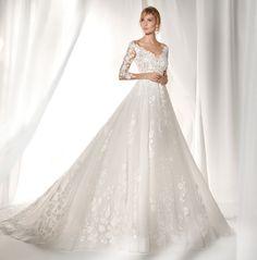 Moda sposa 2019 - Collezione NICOLE. NIAB19039. Abito da sposa Nicole.  Vestiti Da 1c179346416