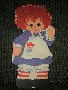 1974 Raggedy Ann Storybook card from Hallmark.
