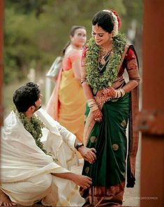 Weddings Discover A Wedding For Everyone! Indian Wedding Couple Photography, Wedding Picture Poses, Wedding Couple Poses Photography, Indian Wedding Photos, Girl Photography, Wedding Poses, Bridal Photography, Wedding Shoot, Wedding Couples