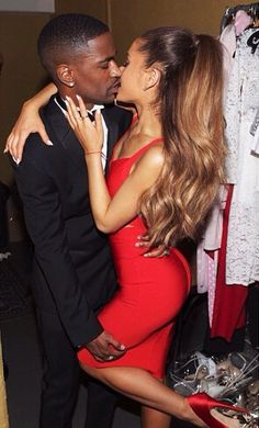 Bang Bang! Ariana Grande Kisses Boyfriend Big Sean in Sexy Photos