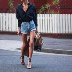 NEW STUNNING INSPIRATION - Daily fashion inspo via @STYLAHOLIK  Picture Pepamack #howtochic #ootd #outfit