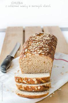 chleba z celozrnné mouky a ovecných vloček