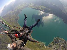 des sensations en #parapente au dessus du lac d'#Annecy, une super #idée de #cadeau de #noël