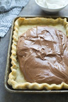 French Silk Slab Pie - Cooking for Keeps Pouring French Silk filling into a homemade buttery crust Köstliche Desserts, Delicious Desserts, Dessert Recipes, Yummy Food, Chocolate Pies, Chocolate Ganache, Baking Chocolate, Chocolate Filling, Easy Blueberry Pie