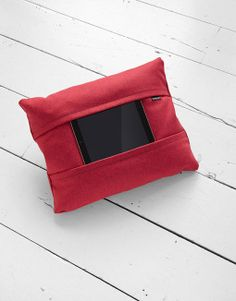 aol-coqoon-tablet-pillow-red