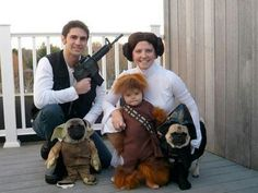 Funny pictures about Star Wars family. Oh, and cool pics about Star Wars family. Also, Star Wars family. Family Halloween Costumes, Halloween Kostüm, Holidays Halloween, Family Costumes For 3, Mother Daughter Halloween Costumes, Halloween Tricks, Halloween Cosplay, Halloween Outfits, Friday Pictures