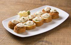 Domo arigato, Mista Delicato. #delicatoroll #happyhour #rolloftheweek #friedgoodness #sushi_zush