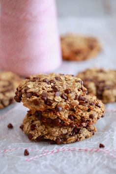 3 Ingredient Oatmeal Chocolate Chip Cookies - All you need are oats, banana and chocolate chips!