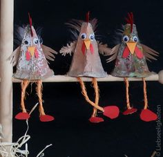 Easter decoration - chickens from egg carton # craft projects for spring Easter decoration - h . Diy For Kids, Crafts For Kids, Arts And Crafts, Craft Projects, Projects To Try, Egg Carton Crafts, Diy Crafts To Do, Nature Crafts, Easter Crafts