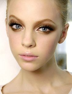 Eyes makeup inspiration #bronze #smokey #eyes