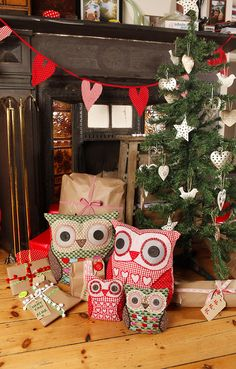 Owls at Chistmas by Sass and Belle,