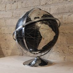 POST 27 - black globe 3