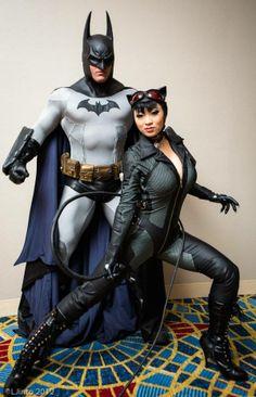 Cosplay - Batman e Mulher Gato (Versão Arkham City) — Eu já disse que Hollywood não acerta por que não quer?