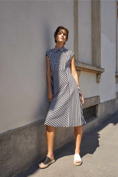 Piazza Sempione Spring 2019 Ready-to-Wear Fashion Show Collection: See the complete Piazza Sempione Spring 2019 Ready-to-Wear collection. Look 4 Together Fashion, Casual Dresses, Dresses For Work, Dress Picture, Fashion Show Collection, Spring Dresses, European Fashion, Chiffon Dress, Vintage Dresses